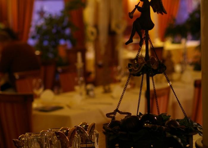 Karácsonyi hangulat és dekoráció - angyal