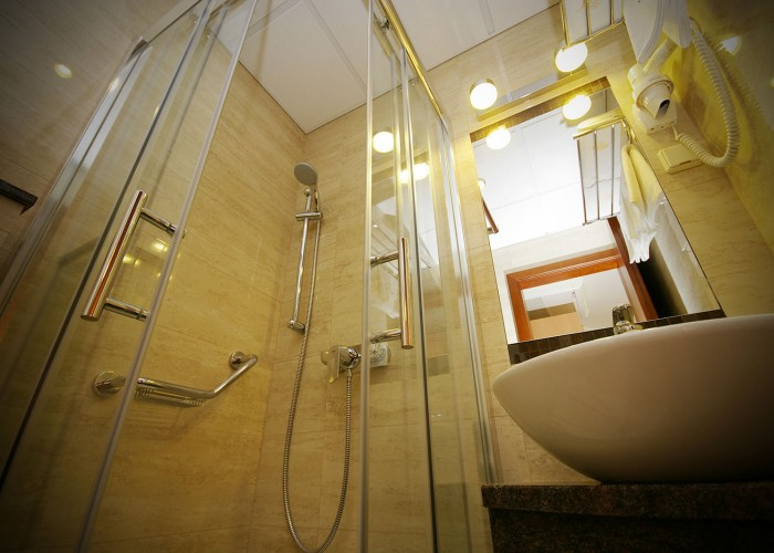 Szobáink - fürdőszoba beltér