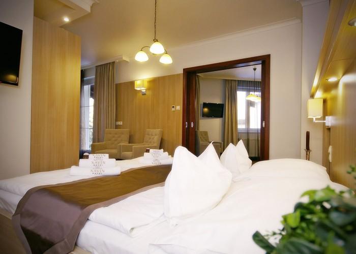 Családi lakosztály - ágy és LCD LED TV