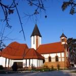 Harkányi katolikus templom és templomkert