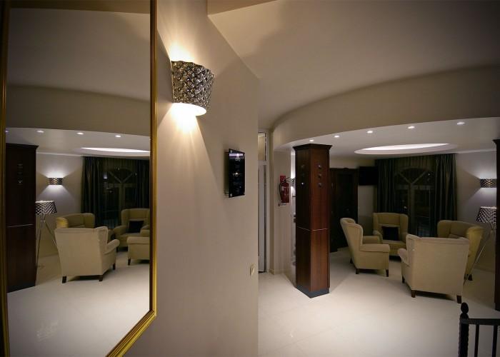 Tükörkép a lounge részlegre