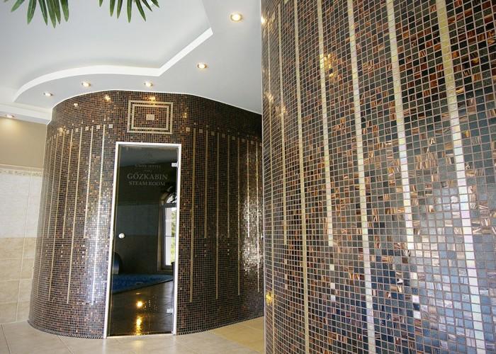 A szálloda gőzkabinjának bejárata