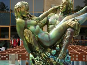 zsolnay szobor Harkany