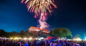 Siklós-Csirkepaprikás-2016-Tűzijáték