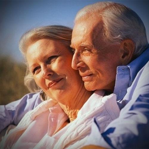 Nyugdíjas csomagajánlat, boldog pár